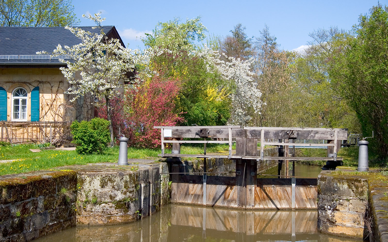 The Lock 100, with locksman's house, in Bamberg's Hain city park.